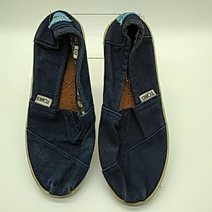 Kids blue canvas toms 2.5 pre owned